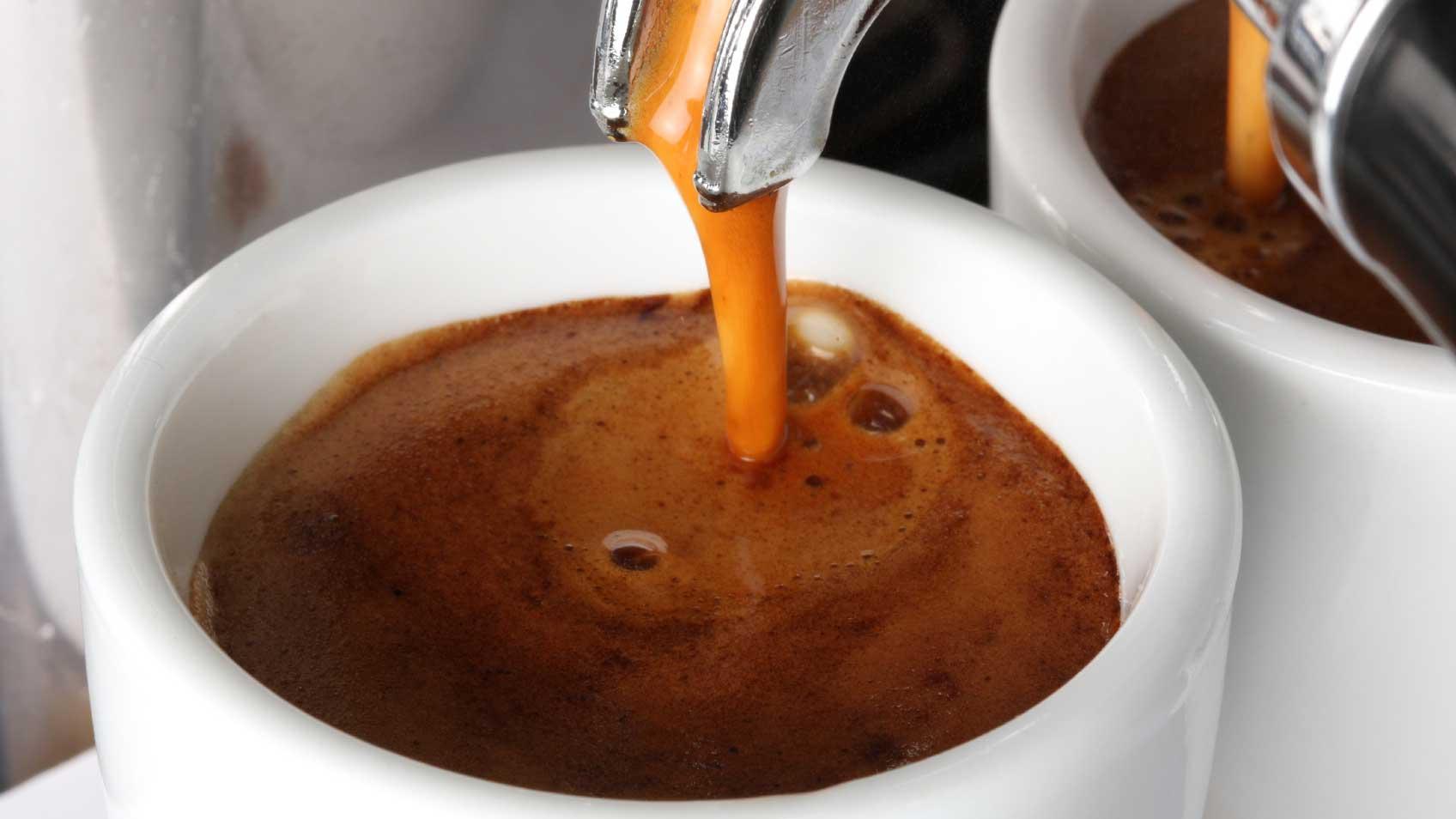 Hiện nay nhiều người thích mix cà phê Robusta và Arabica.