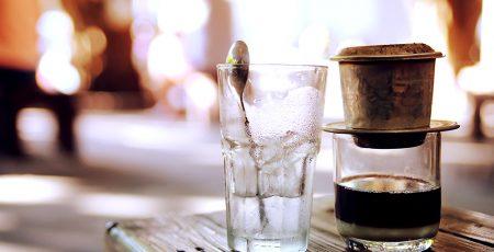 Cách pha cà phê chồn bằng phin