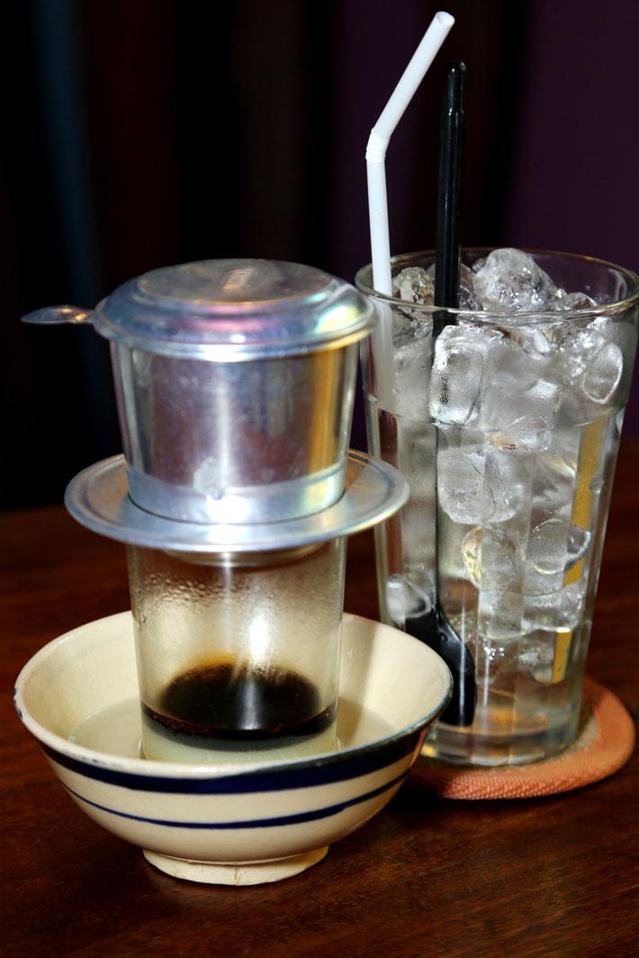 Li cà phê phin đá