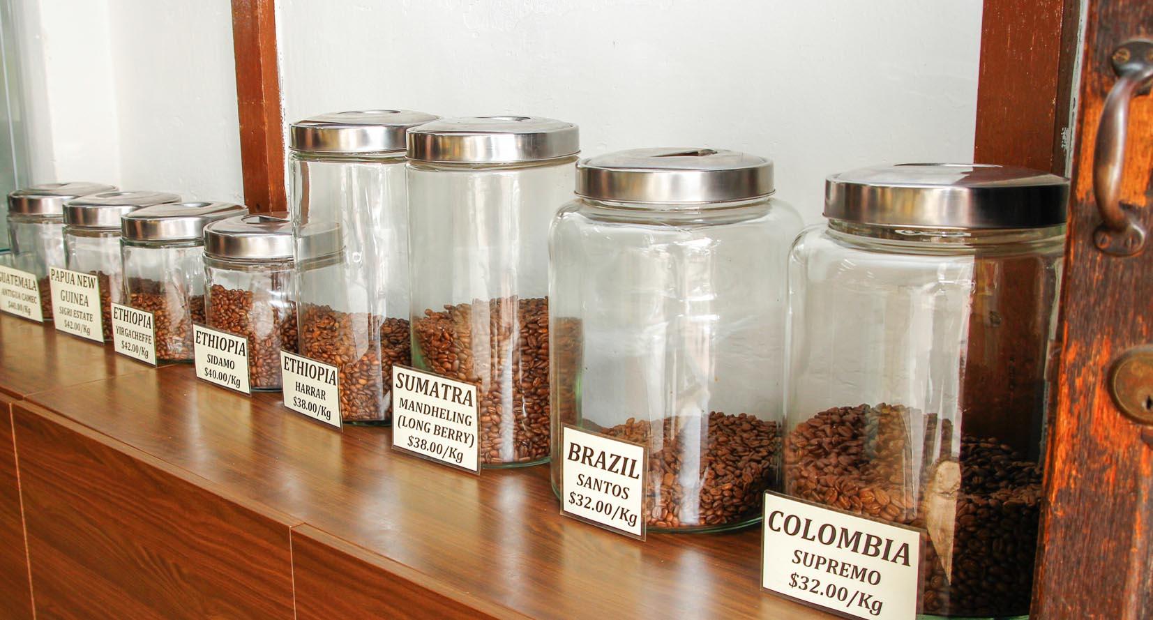 bảo quản café trong hũ đựng