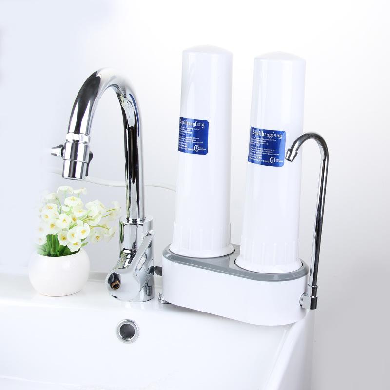 Không nên sử dụng nước vừa đun sôi từ vòi nước bởi vẫn có thể dính hóa chất là mất vị cà phê