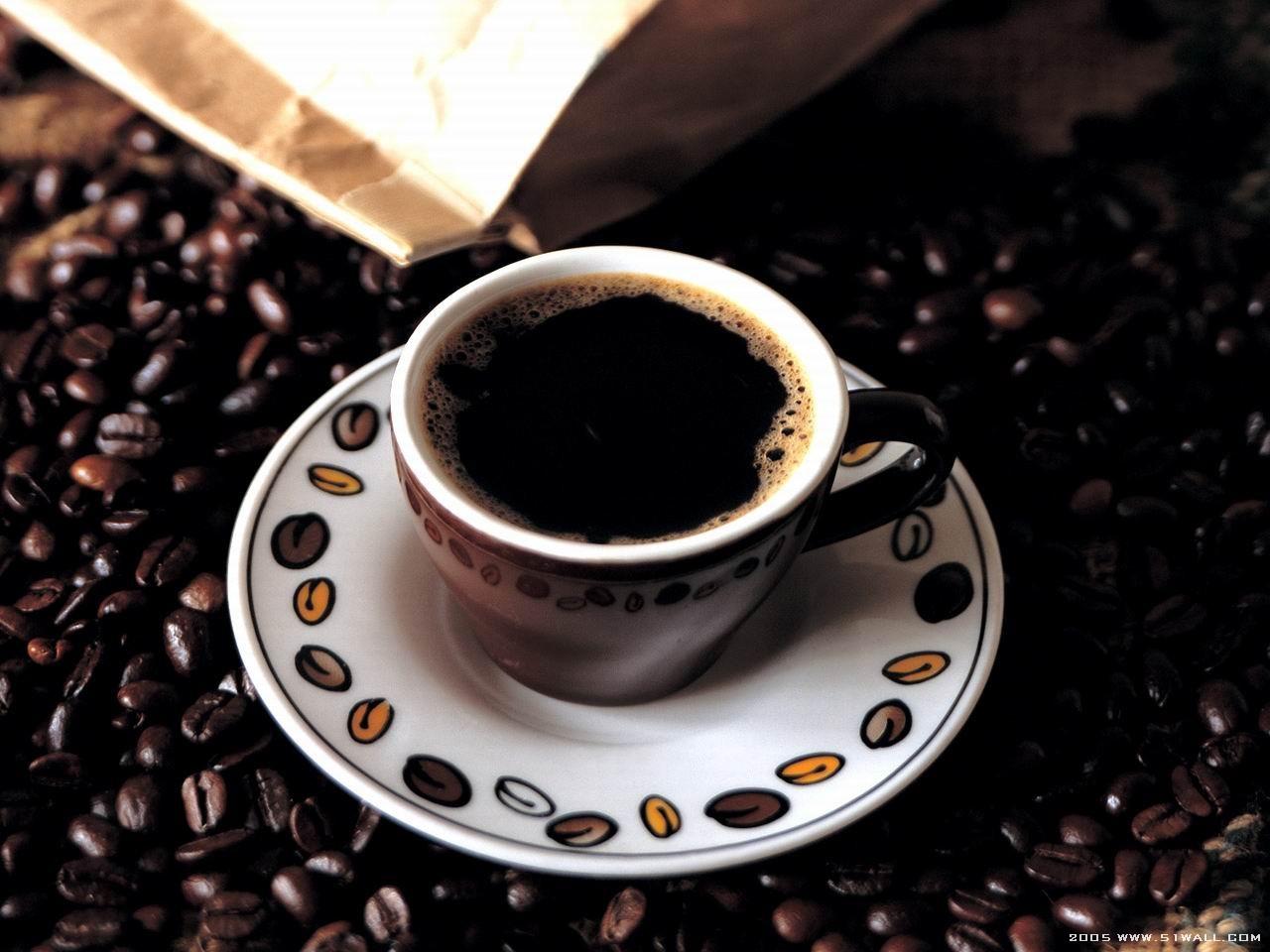 Cà phê Espresso thường có vị đắng, hương thơm nồng nàn được nhiều người yêu thích.