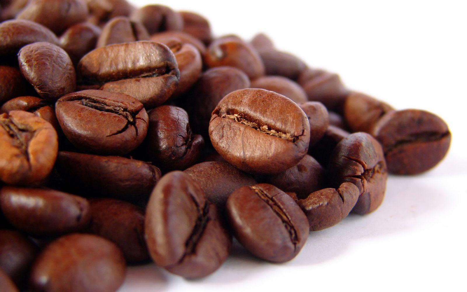Cà phê rang mộc nguyên chất không bị trộn tẩm phụ gia.