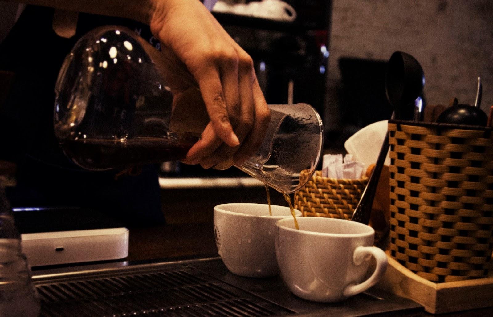 Cà phê luôn có vị chua nhẹ thanh cố hữu.