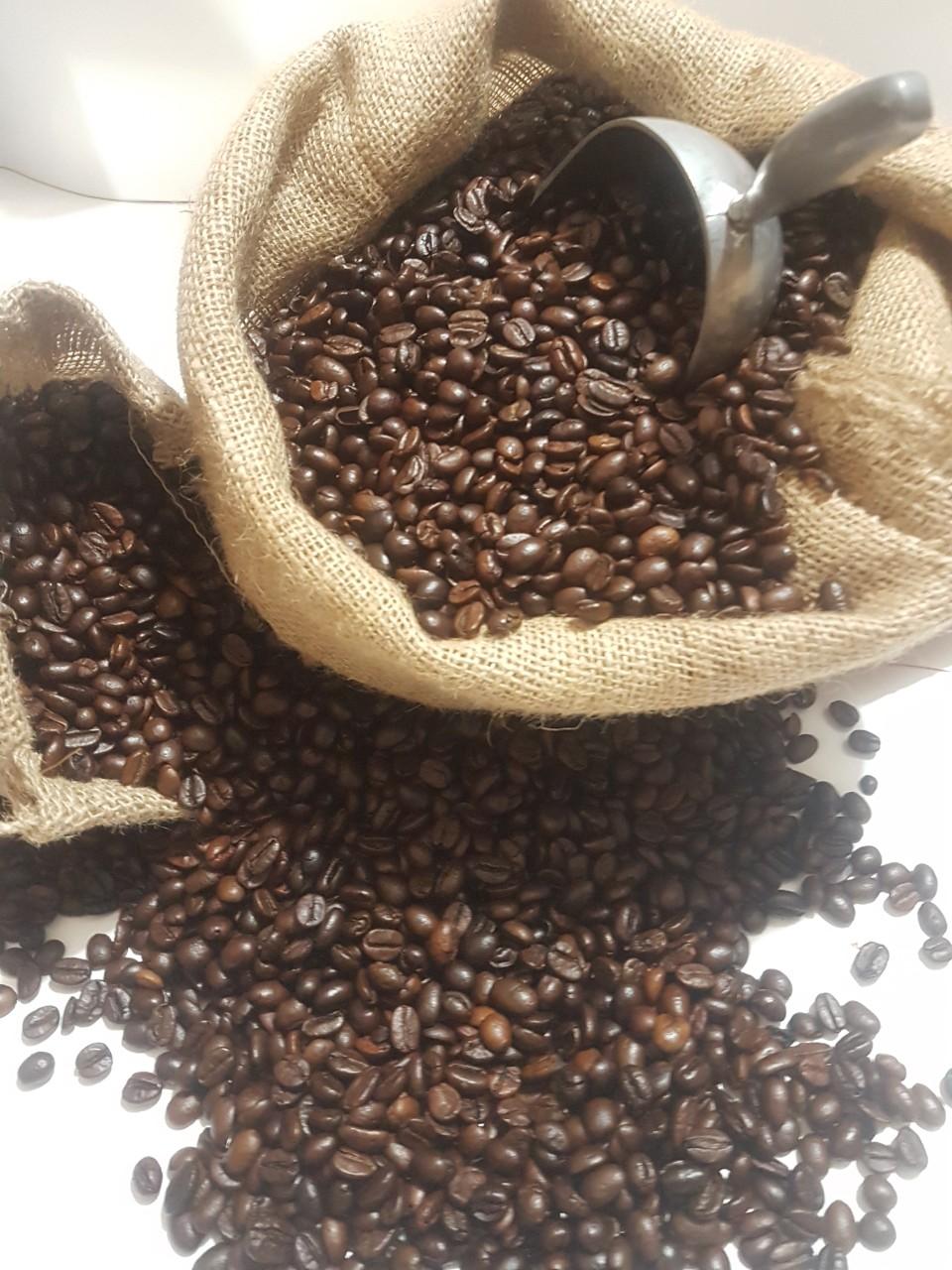 Rang cà phê là công đoạn rất quan trọng