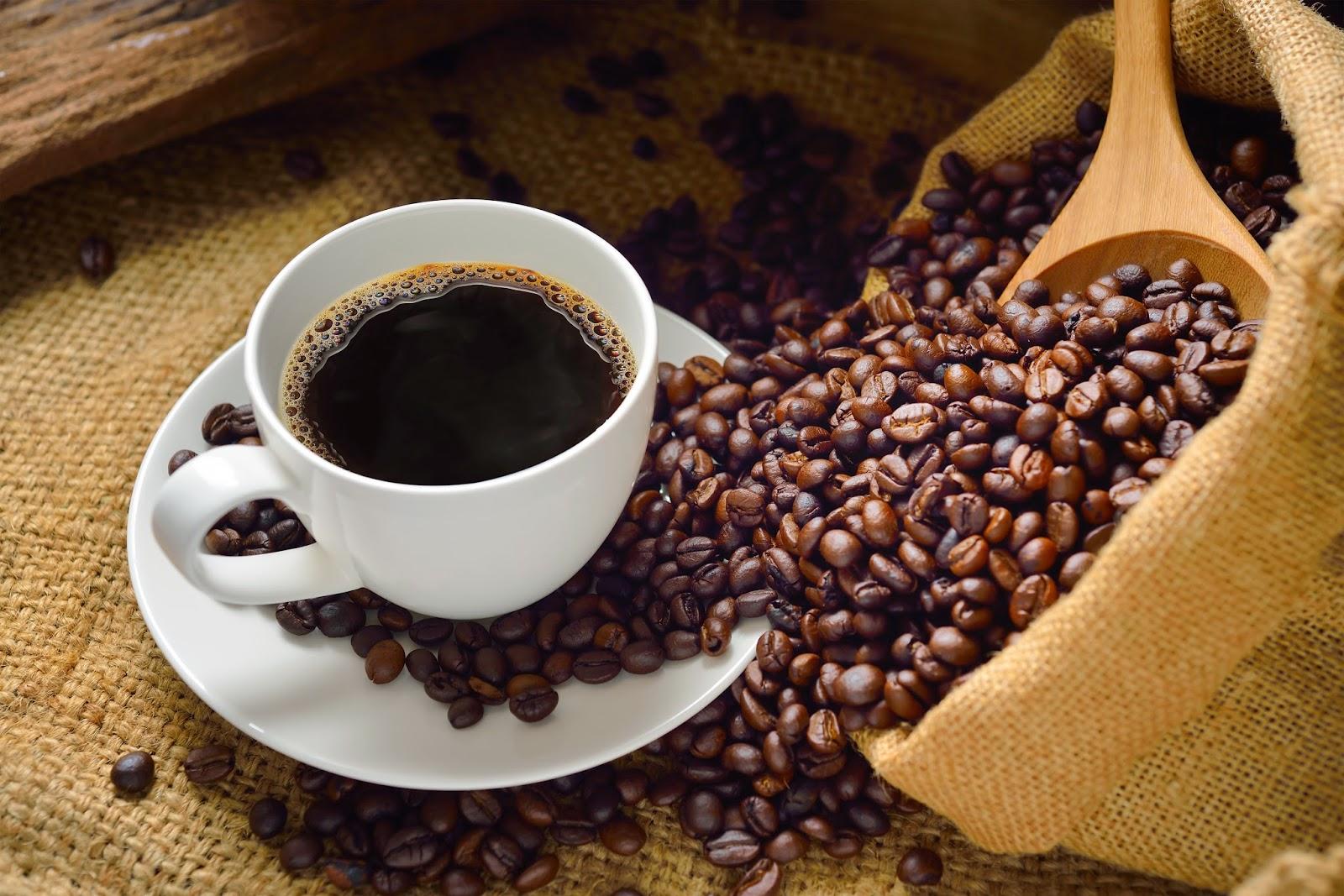 Cà phê rang mộc 100% cà phê.