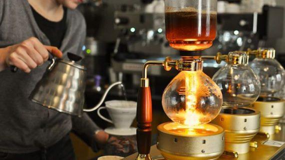 Pha cà phê phin lớn
