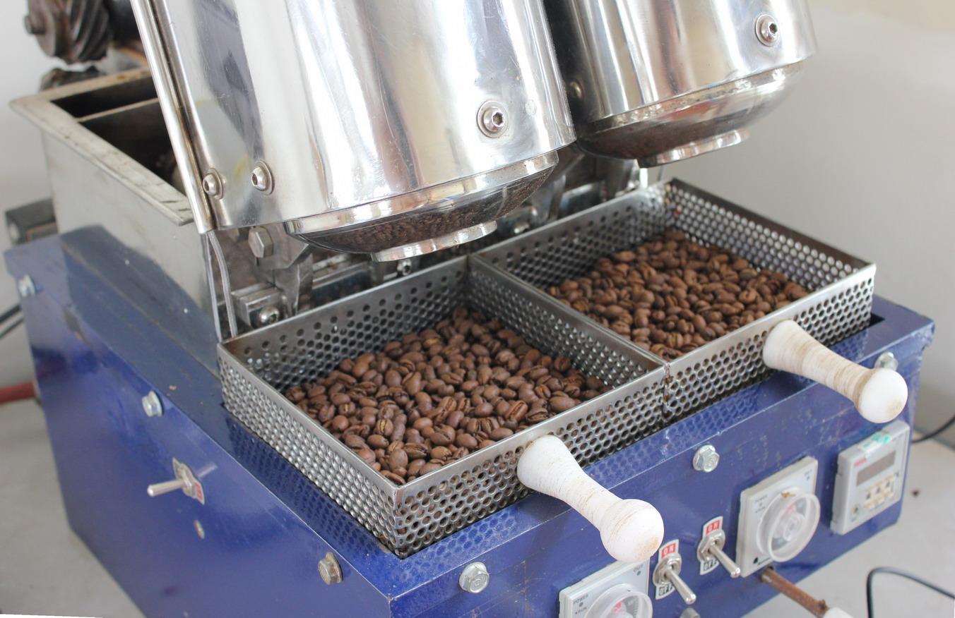 Cà phê phối trộn hương vị kết hợp