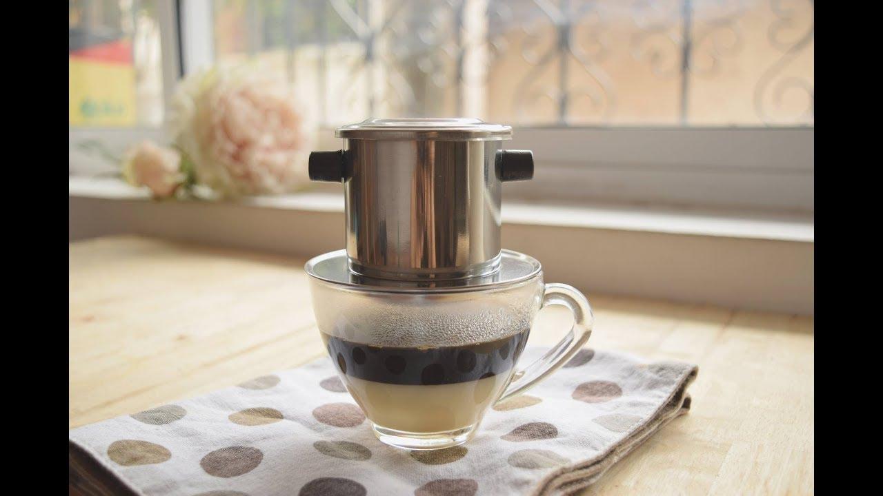Một ly cà phê sữa nóng thơm ngón cho tinh thần sảng khoái