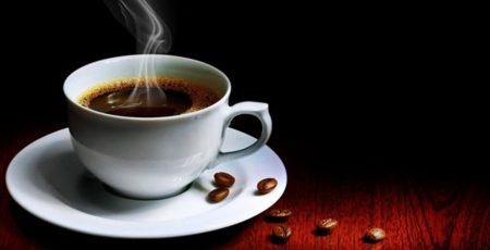 Một tách cà phê đen khong đường quyến rũ