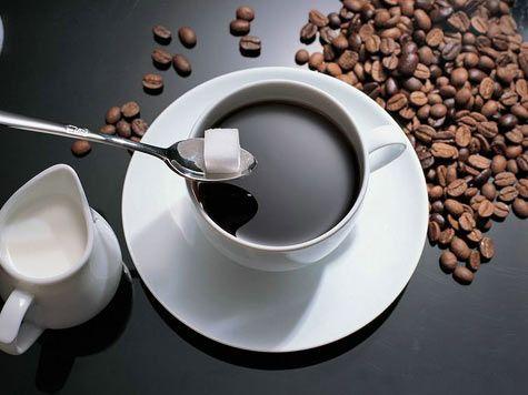 Cà phêđen sẽ ngon hơn khi dùng cùngđường viên thay vì đường cát trắng
